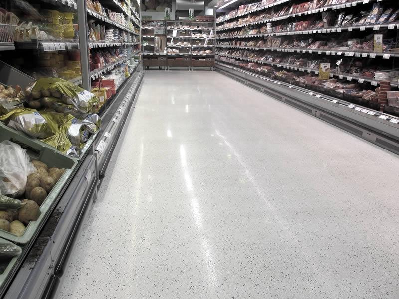 Terrazzoboden für einen Valintatalo-Supermarkt - Polished aggregate floor